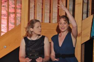 Theaterguppe Szenenwechsel - Familiengeschaefte - Poppy und Anita