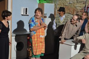 Theaterguppe Szenenwechsel - Familiengeschaefte - Tumult