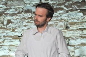 Theaterguppe Szenenwechsel - Familiengeschaefte - Schnüffler Benedict