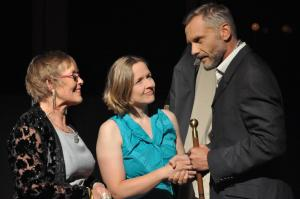 Theaterguppe Szenenwechsel - Familiengeschaefte - Yvonne, Poppy und Ken