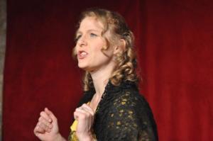 Theaterguppe Szenenwechsel - Ernst sein ist alles - Cecily Cardew