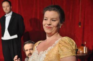 Theaterguppe Szenenwechsel - Ernst sein ist alles - Gwendolen Fairfax